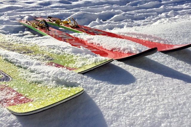 Jak wybrac ubezpieczenie dla narciarza