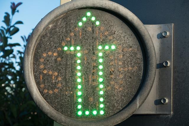Zielona strzałka postrachem kierowców